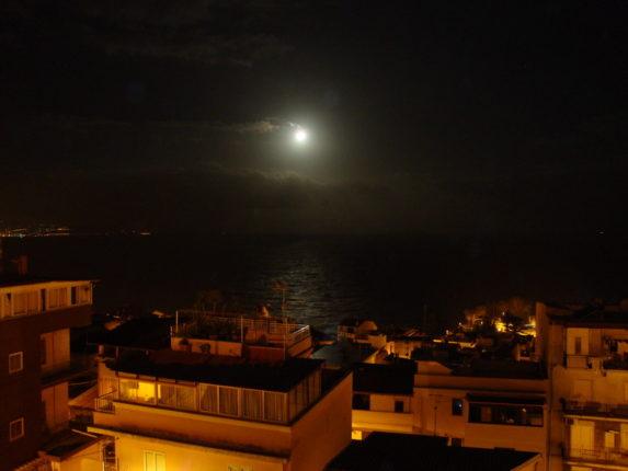 Notturno di dicembre con scirocco p. 2009 foto di F. Calabrò