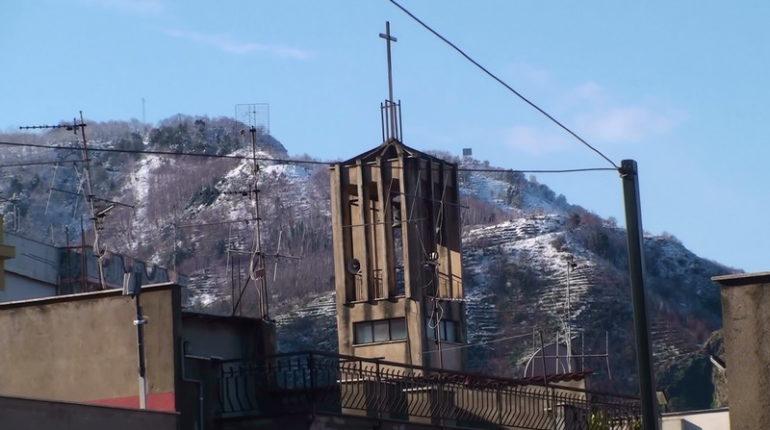 Quello che può sembrare un paesaggio alpino, in realtà sono le colline di Bagnara. Foto di: G. Villari M. Versace C. Zoccali