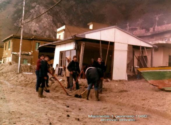 Ancora una foto sulla mareggiata del 1 gennaio 1980  ritrovata in un archivio privato da Carmelo Pavia
