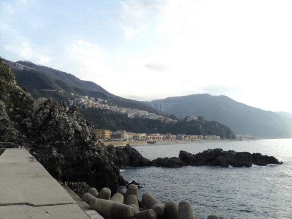 Bagnara 5 marzo 2012  panorami dal porto di Simone Bagnato