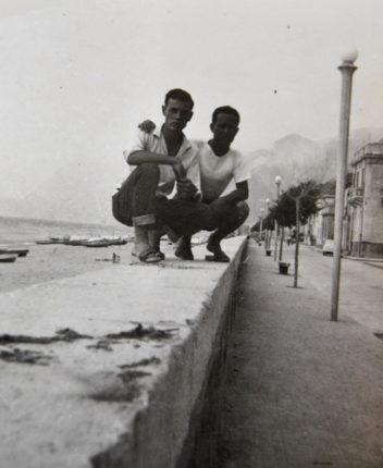 La spiaggia ed il viale Turati negli anni 60  archivio privato