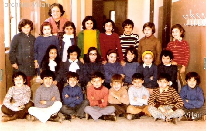 Un caro ricordo della maestra elementare Trentina Carati  nella foto con la sua classe di quarta del 1972/73