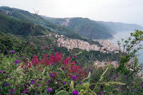 23 maggio 2014 Vedute dal palazzo ducale, dalla statale 18, dal Capo e dai viadotti Canalello, Caccipuio e Graziano