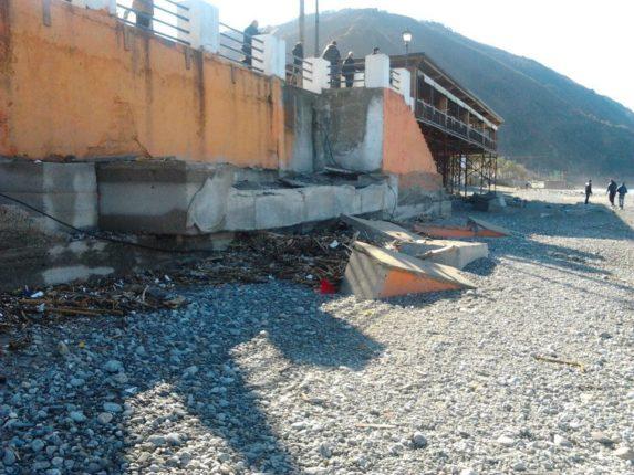 I danni dopo la tempesta del 6 gennaio 2012e l'erosione della spiaggia di Vincenzo Pastore