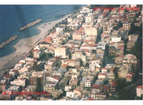 Bagnara vista dall'alto nel 1995