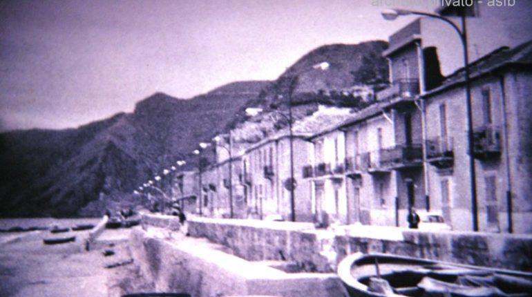 Il viale Turati tra la fine degli anni settanta e l'inizio degli anni ottanta  con le palamatare e i bidoni della nafta