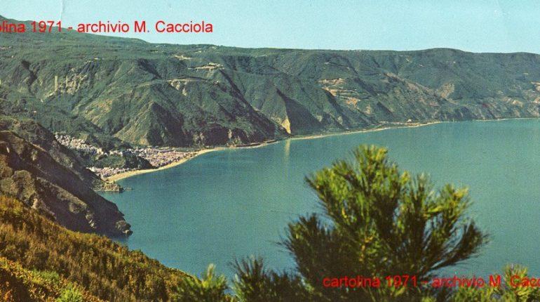 Vista dal monte S. Elia  particolare di una cartolina del 1971 durante la costruzione del ponte autostradale sullo Sfalassà  archivio di Mariano Cacciola