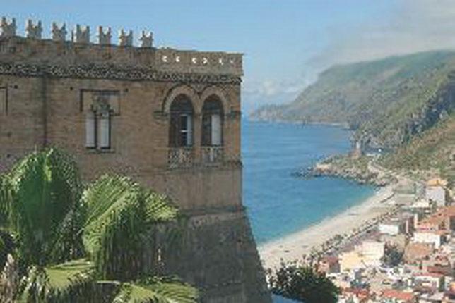 Il Castello Ducale Ruffo di Bagnara
