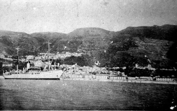 Una vecchia immagine della cittadina vista dal mare