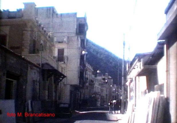 Bagnara fine anni 70  Fabbrica di lavorazione marmi nel corso Garibaldi