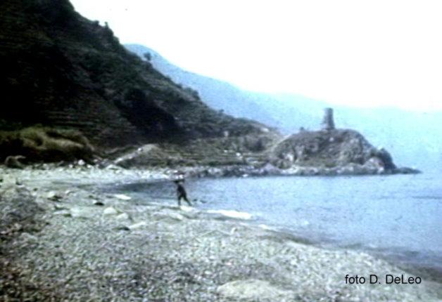 La spiaggia di Gramà nel 1974  foto di Diego De Leo