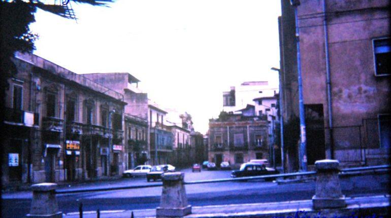 Fotogramma di  Piazza Morello  agli inizi degli anni 90