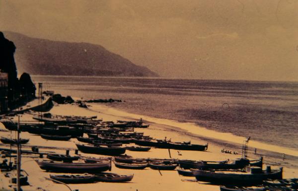 anni settanta. Spiaggia di marinella